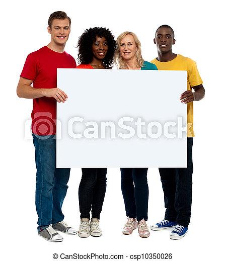 équipe, whiteboard, jeune, tenue, gens - csp10350026