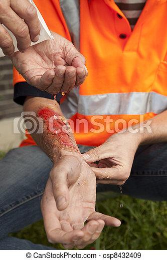 accident, aid., work., premier - csp8432409