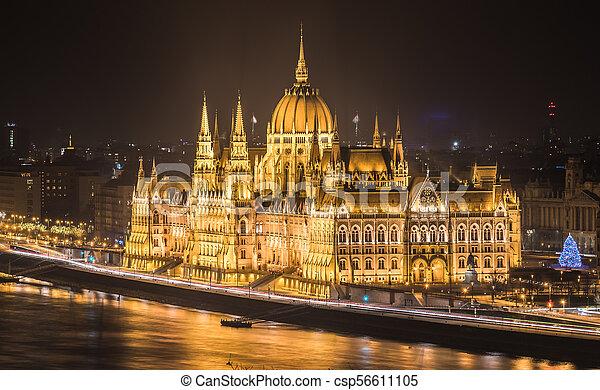 bâtiment, parlement, hongrois, nuit - csp56611105
