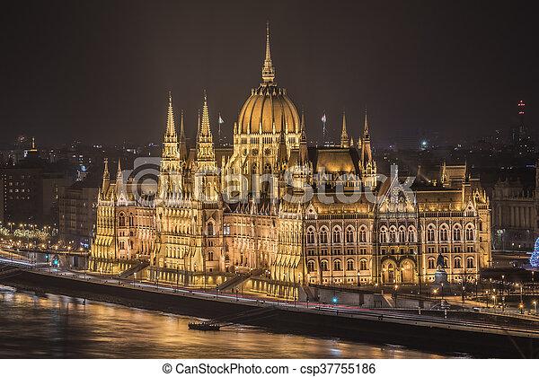 bâtiment, parlement, hongrois, nuit - csp37755186