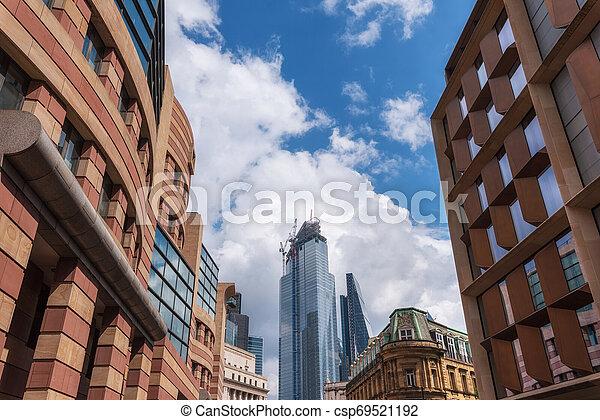 bâtiment, ville, grues, site, business., suivant, développement, nouveau, londres, england., banque - csp69521192
