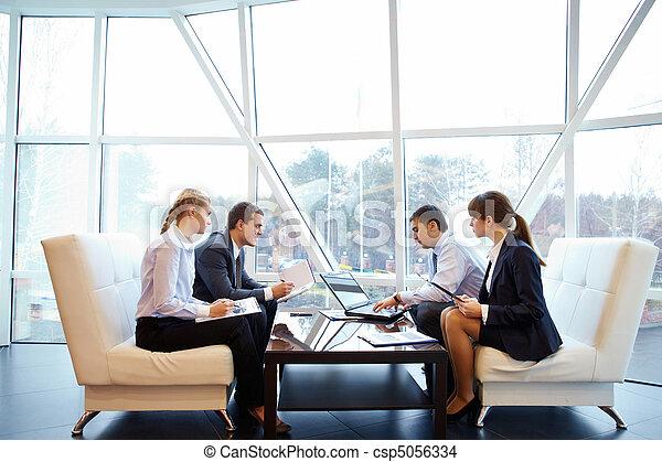 bureau fonctionnant - csp5056334