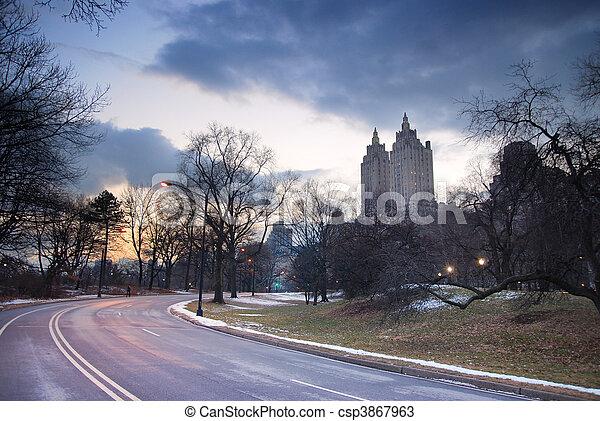 crépuscule, ville, parc central, york, nouveau - csp3867963