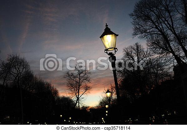helsinki, lumière, finlande, esplanade, rue, nuit - csp35718114