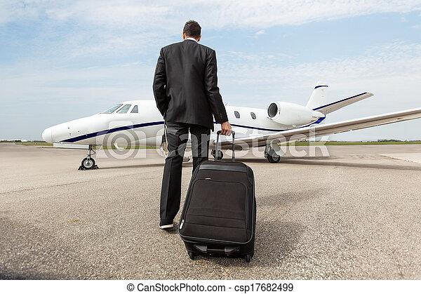 homme affaires, marche, gicleur corporation - csp17682499
