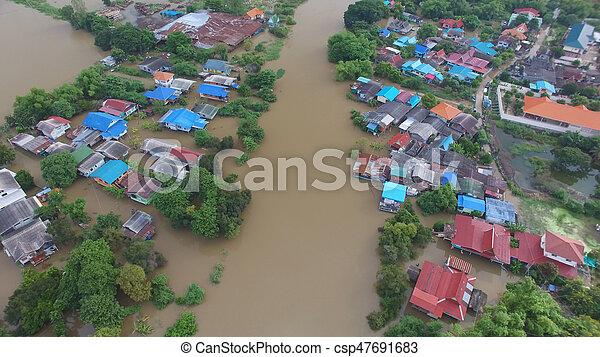 inondation, vue aérienne - csp47691683