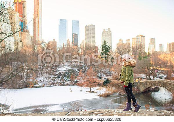 parc, new york, adorable, central, girl - csp86625328