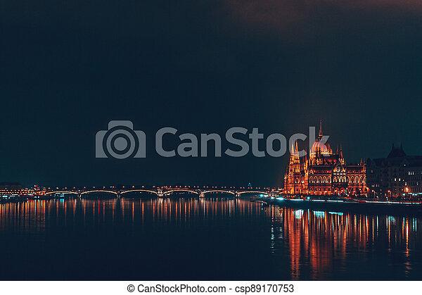 parlement, nuit, hongrois, bâtiment - csp89170753