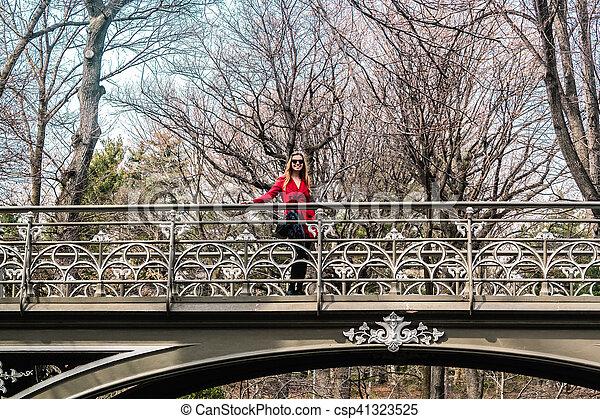 pont, central, parc ville, york, croisement, nouveau, girl, manhattan - csp41323525