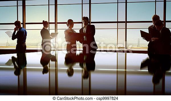 professionnels - csp9997824