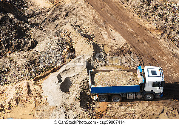 site., above., construction, camion, gravier, vue - csp59007414