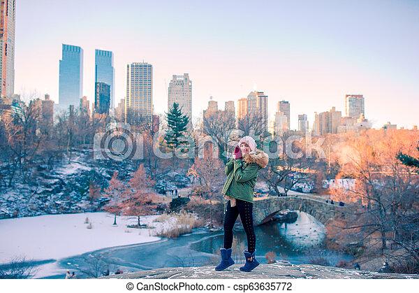 ville, parc central, york, nouveau, girl, adorable - csp63635772
