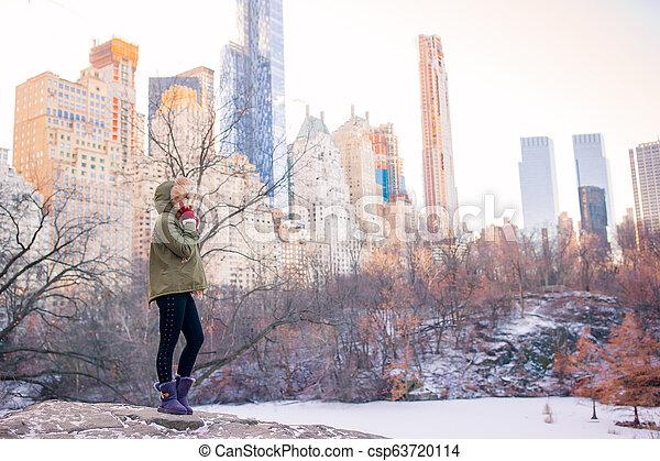 ville, parc central, york, nouveau, girl, adorable - csp63720114