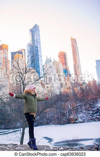 ville, parc central, york, nouveau, girl, adorable - csp63636023