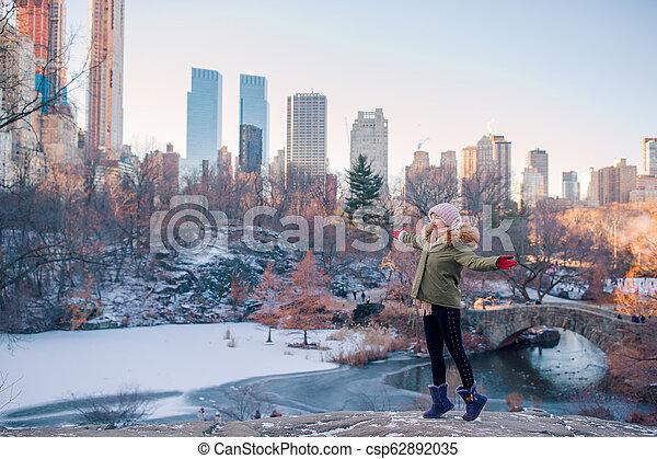 ville, parc central, york, nouveau, girl, adorable - csp62892035