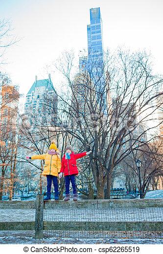 ville, peu, central, filles, parc, york, nouveau, adorable - csp62265519