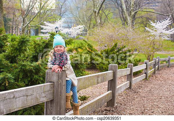 ville, peu, parc central, york, nouveau, girl, adorable - csp20639351